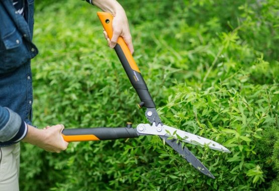 PowerGear™ X hedge shears