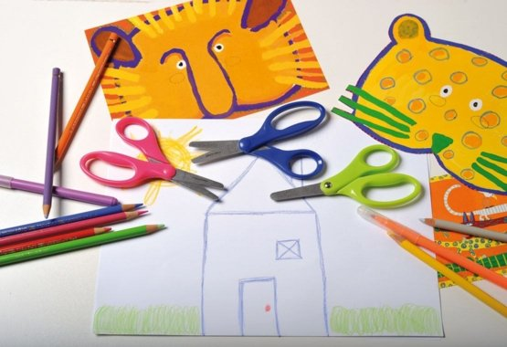 The safer way to teach your kids creative cutting